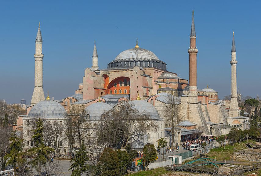 Hagia Sophia in Istanbul - the architecture of free floating dome