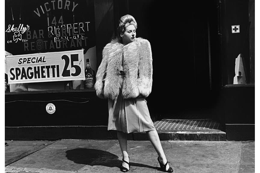 Helen Levitt - New York, 1939