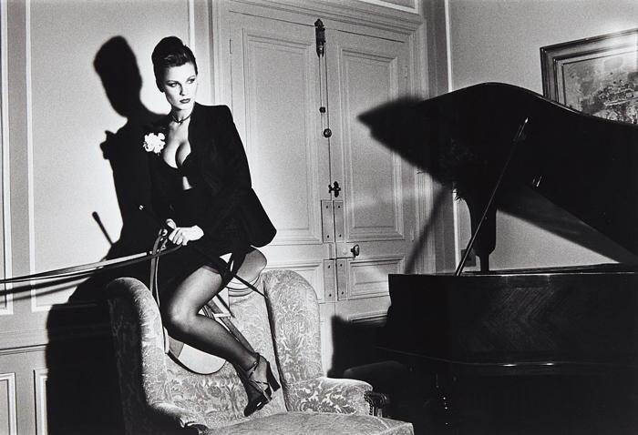Helmut Newton-Saddle II, Paris-1976