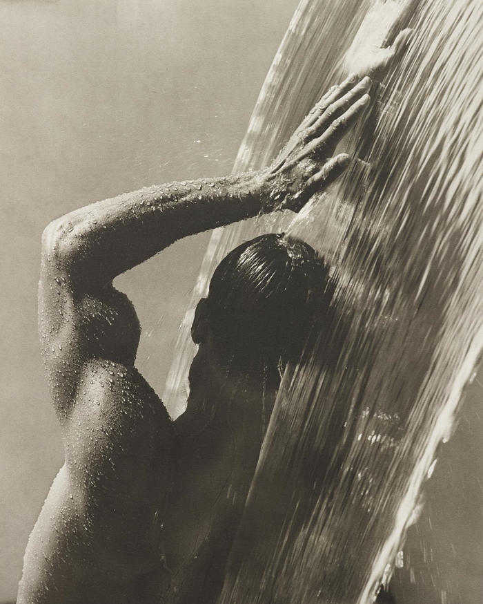 Herb Ritts-Waterfall IV, Hollywood-1988