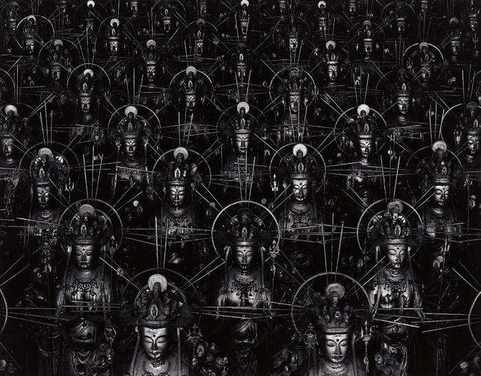 Hiroshi Sugimoto-Hall of Thirty Three Bays-1995