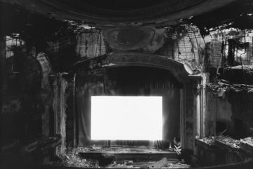 Two Major Shows of Hiroshi Sugimoto Photography in Paris and London