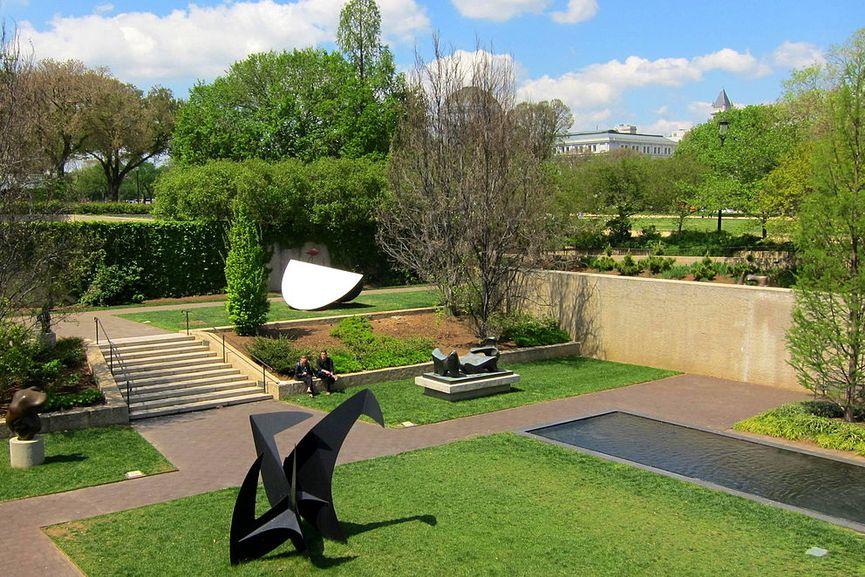 Visit the public exhibitions at Hirshhorn Museum's Sculpture Garden