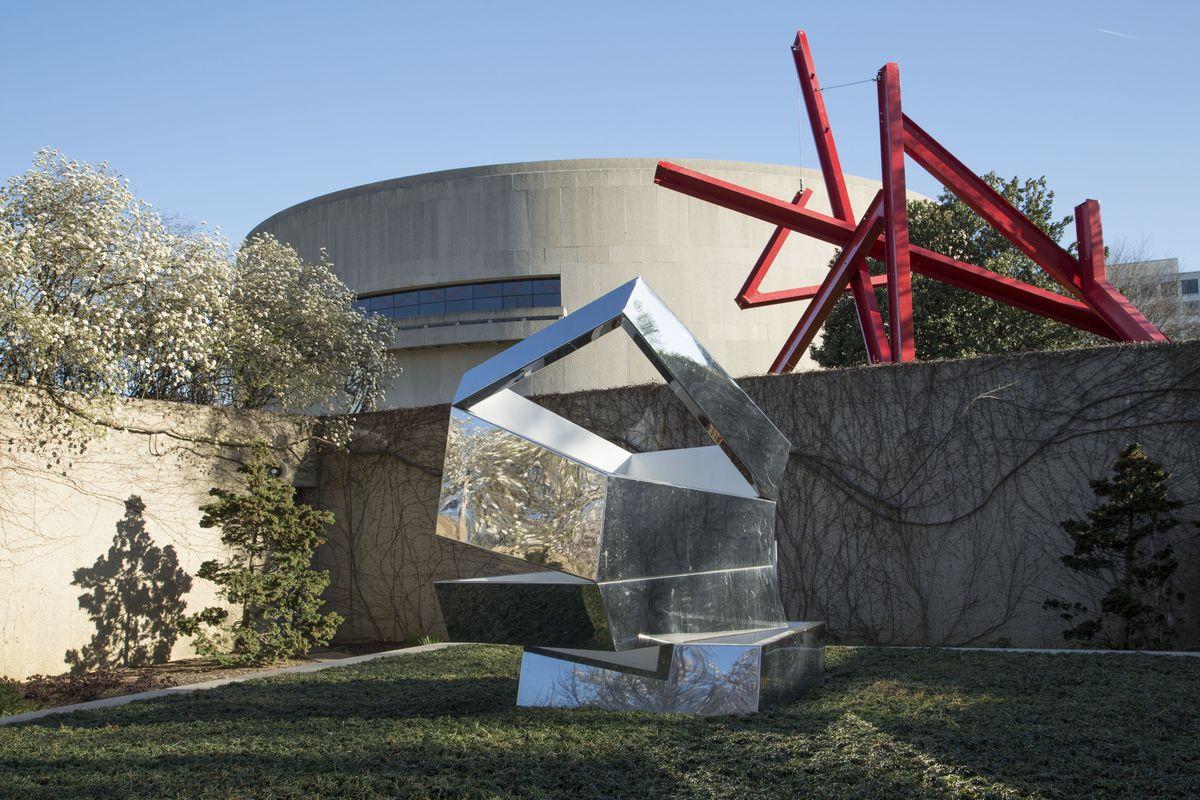 Hirshhorn Museum's Sculpture Garden Exhibitions