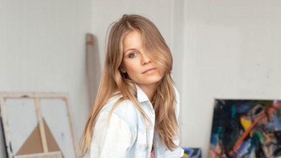 Ida Ekblad portrait - Photo by Tove Sivertsen