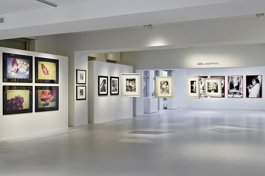 Installation views, Homage to Karl Lagerfeld 30 Years of Photography, Galerie Gmurzynska