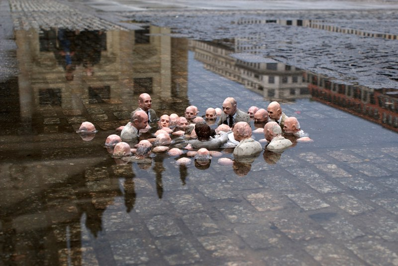 Politicians Discussing Global Warming, 2012 Berlin, Germany, photography eclipses, news book video facebook