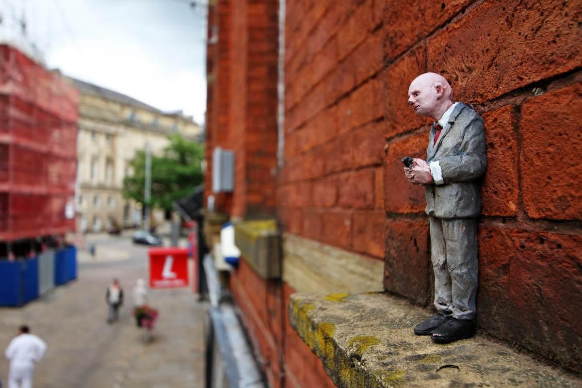 Isaac Cordal - Street art Blackburn