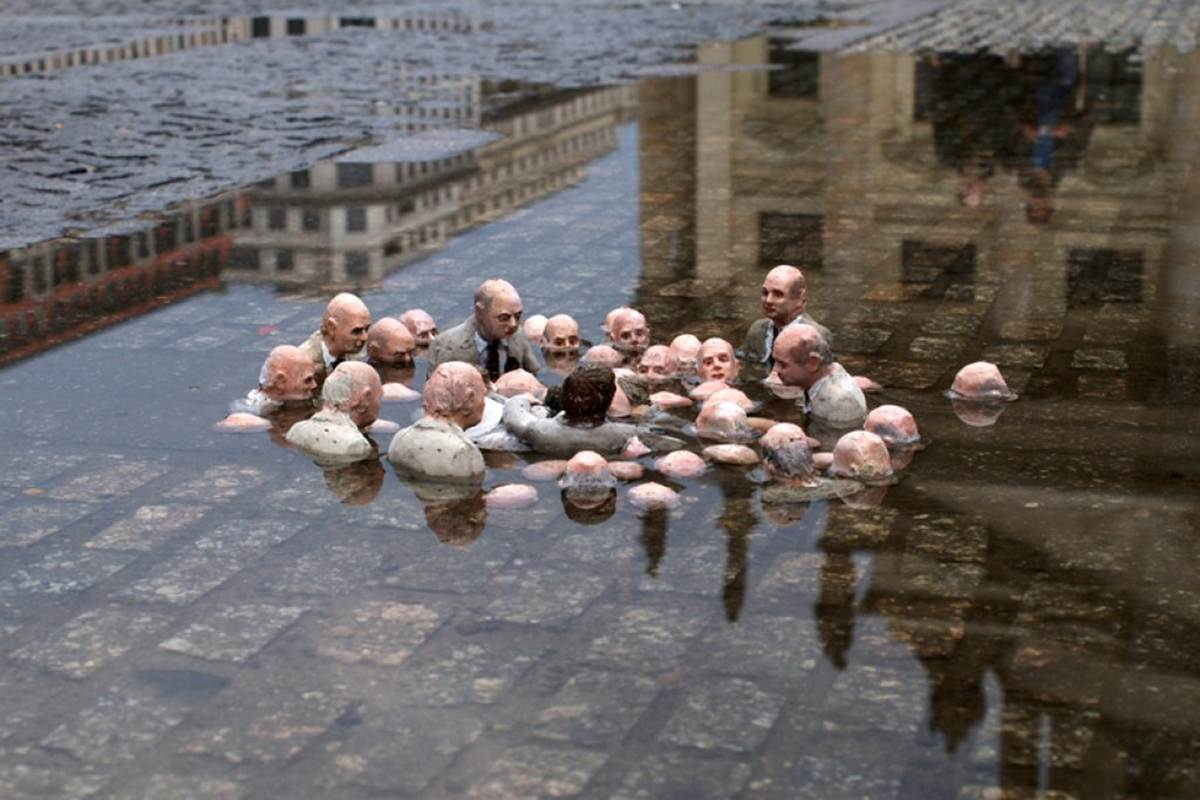 Isaac Cordal's scary art and miniature installation pieces presents the little men caught in unfortunate situations