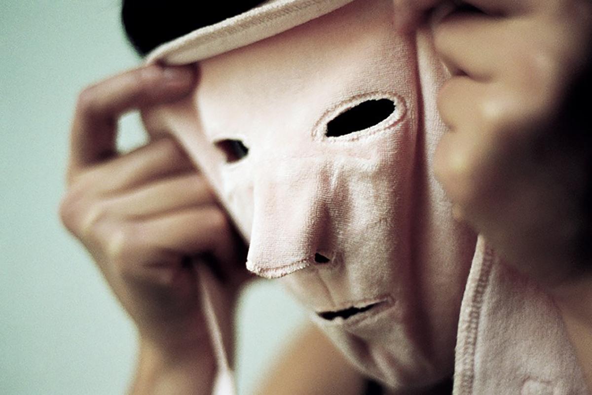 Mask (2009), Jeanne Susplugas
