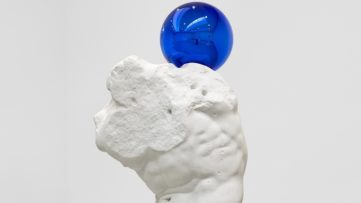 Jeff Koons - Gazing Ball Belvedere Torso detail