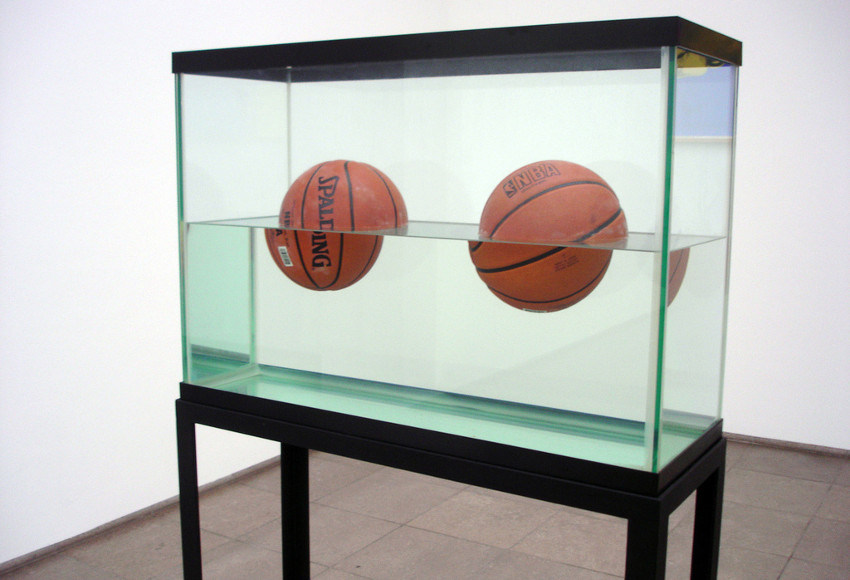 Jeff Koons - Two Ball 50 – 50 Tank (detail), 1985, contact the guggenheim museum for terms concerning the exhibitions and video