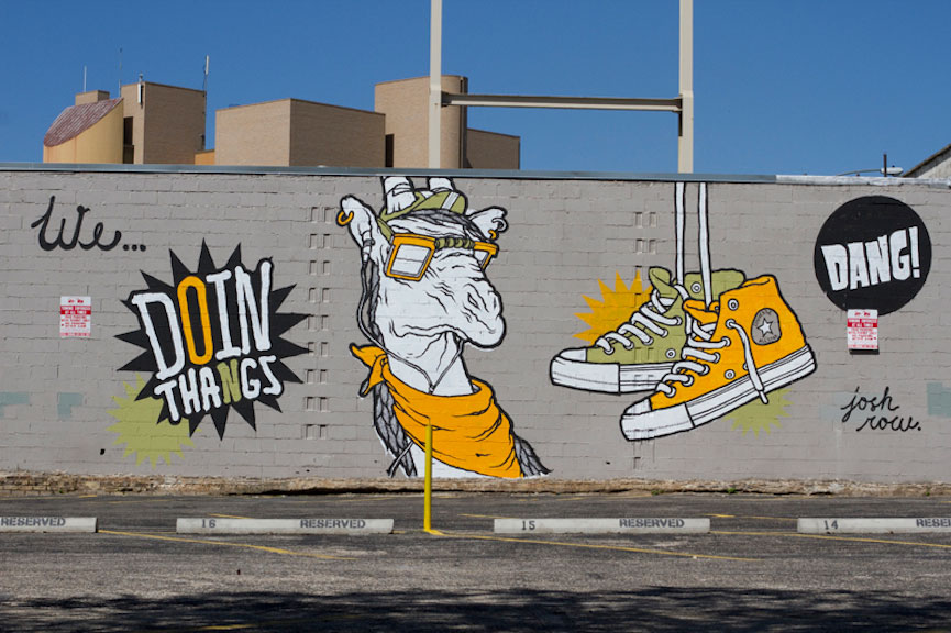 Graffiti chucks