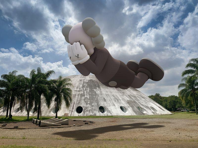 KAWS, COMPANION (EXPANDED) in Sao Paulo, 2020, augmented reality