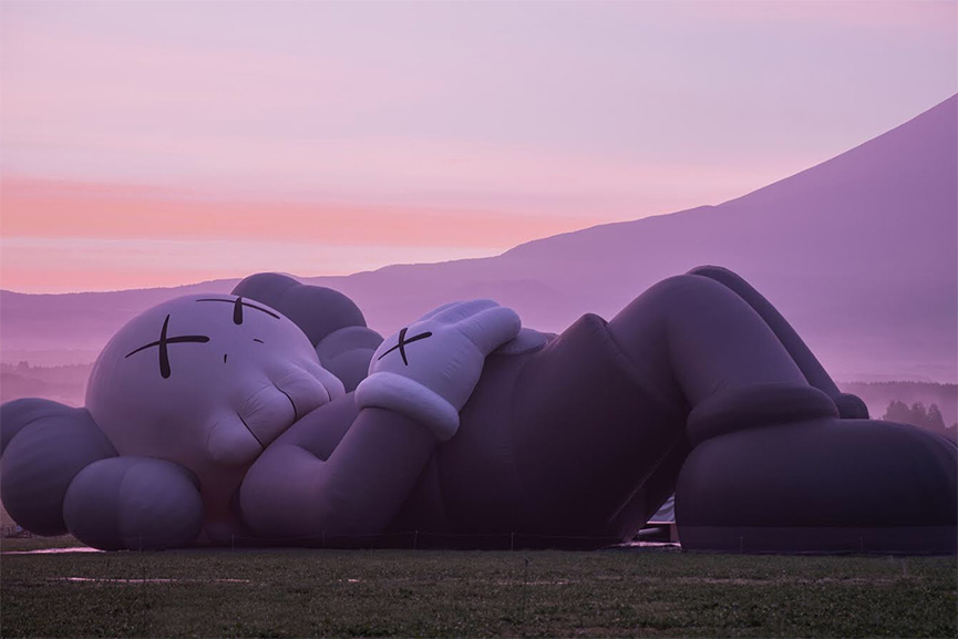 KAWS Mt Fiji 2019 © AllRights-Reserved