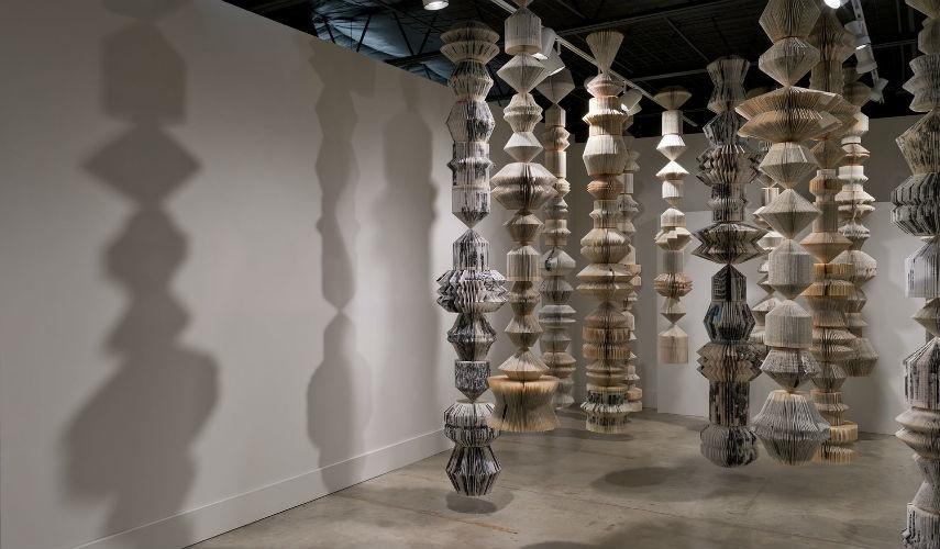 Karen Hawkins - Totems (installation view, detail), 2014, copyrights Karen Hawkins