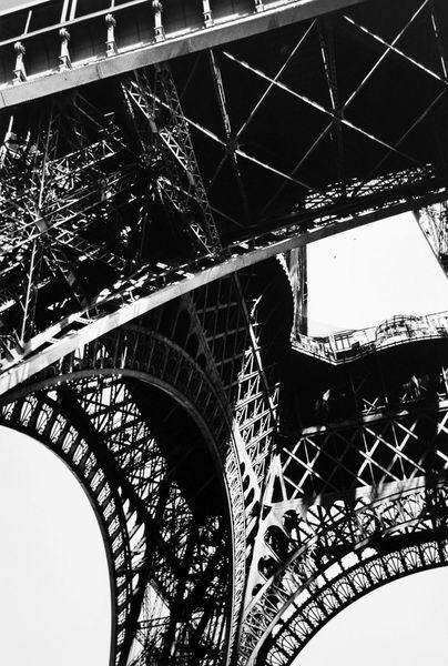 Karl Lagerfeld - Series Eiffel-Turm, 2010