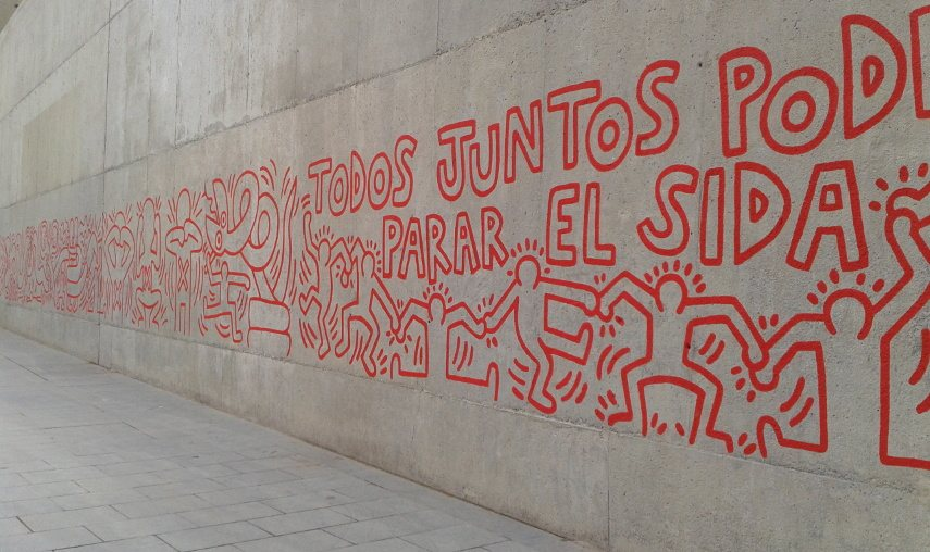 Keith Haring - Together We Can Stop AIDS (detail) - Barcelona, Spain, 1989