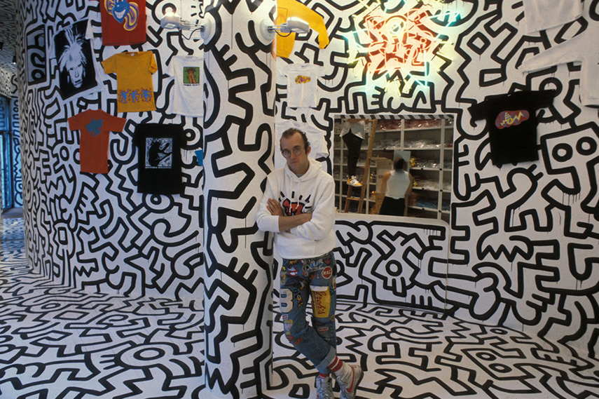 a biography of keith haring an american painter Keith haring was an american artist and social activist responding to new york city's street culture of the 1980s his work is about birth, death, sex and war – very fitting for the period in which he lived and worked.