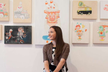 Kelly Tunstall - Portrait of the artist in front of her work