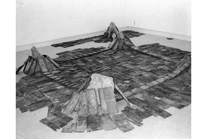 robert morris kishio suga mono japan japanese suga's museum wood