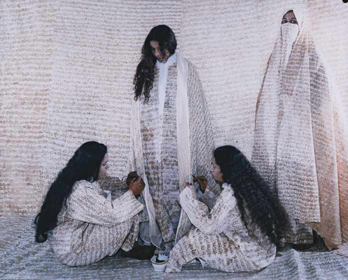 Lalla Essaydi-Converging Territories #13-2003