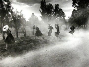Larry Towell - Dust Storm, Durango Colony, Durango, Mexico, 1994