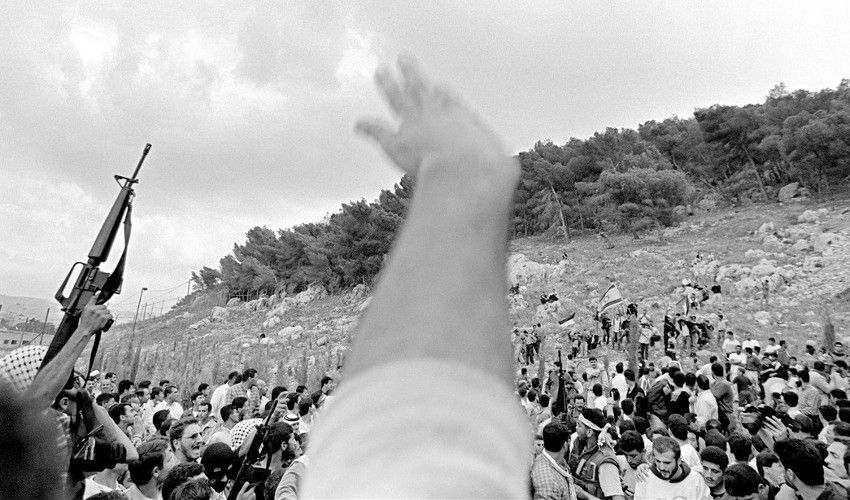 Larry Towell - West Bank. Nablus. Funeral of Adnan Dweikat, civilian killed in protests, 2000 (detail)