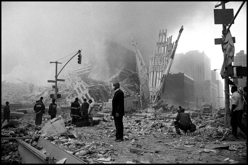 Larry Towell - World Trade Center New York City, September 11, 2001