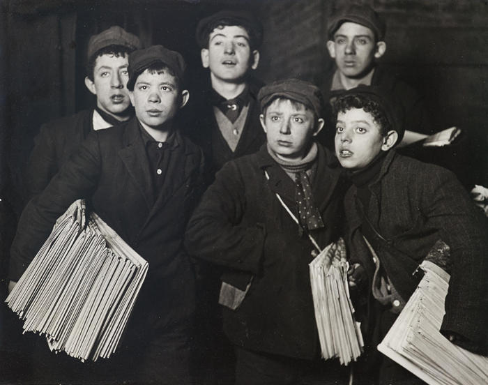 Lewis Wickes Hine-Newsies at Brooklyn Bridge Starting Out at 1 a.m. in a Blizzard on a Sunday-1908