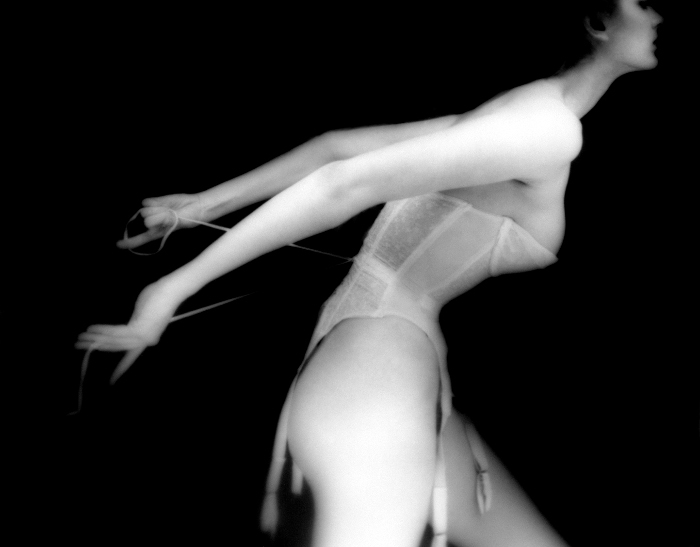 Lillian Bassman - Harper's Bazaar, 1951, fashion photography, black and white