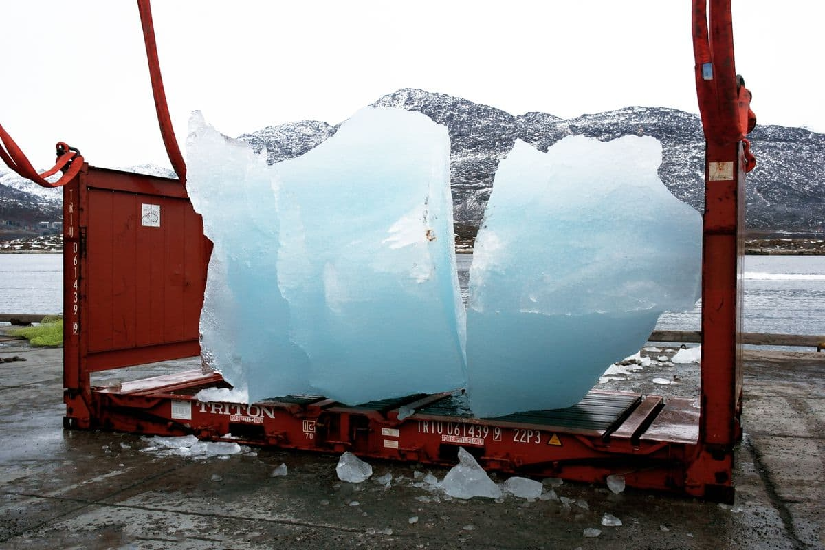 Olafur Eliasson, Loading ice at Nuuk Port and Harbour, Greenland, for Ice Watch in Copenhagen, 2014