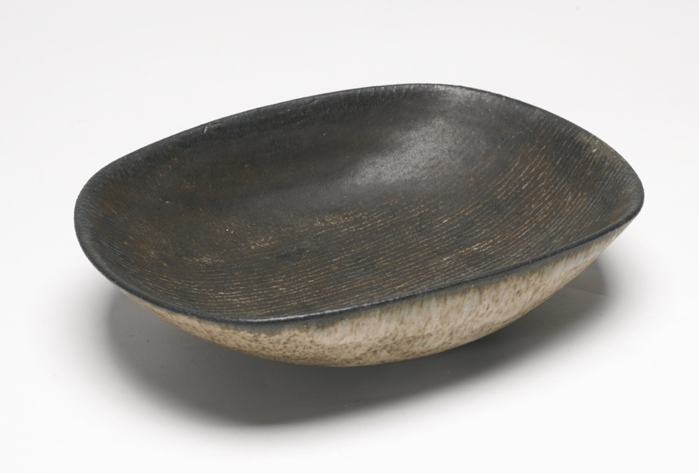 Lucie Rie-Shallow Bowl-1965