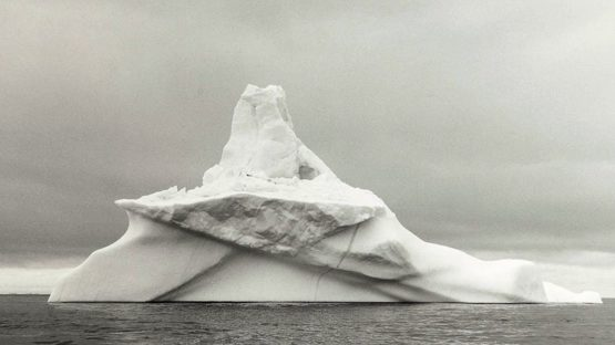 Lynn Davis - Iceberg #5 (detail), photography black and white