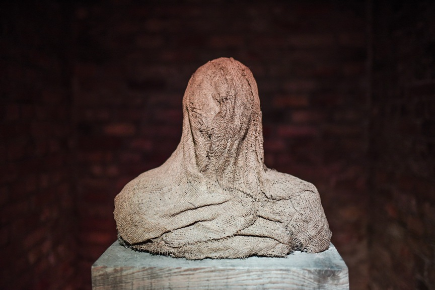 Presence, Essence, Identity - The Art of Magdalena Abakanowicz
