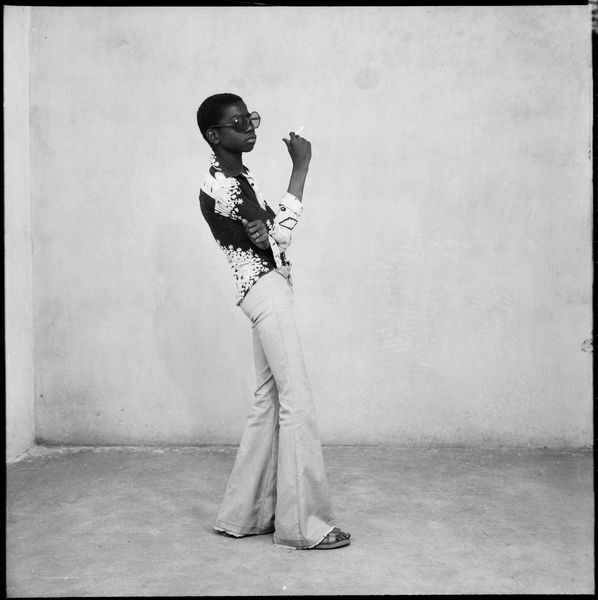 Malick Sidibé - Un Yé-yé en position, 1963