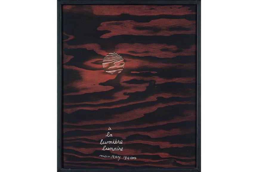 Man Ray - A la lumiere lunaire