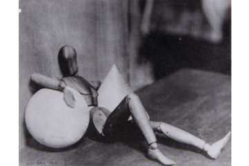 Photographing The Woman - Man Ray at CAMERA Turin