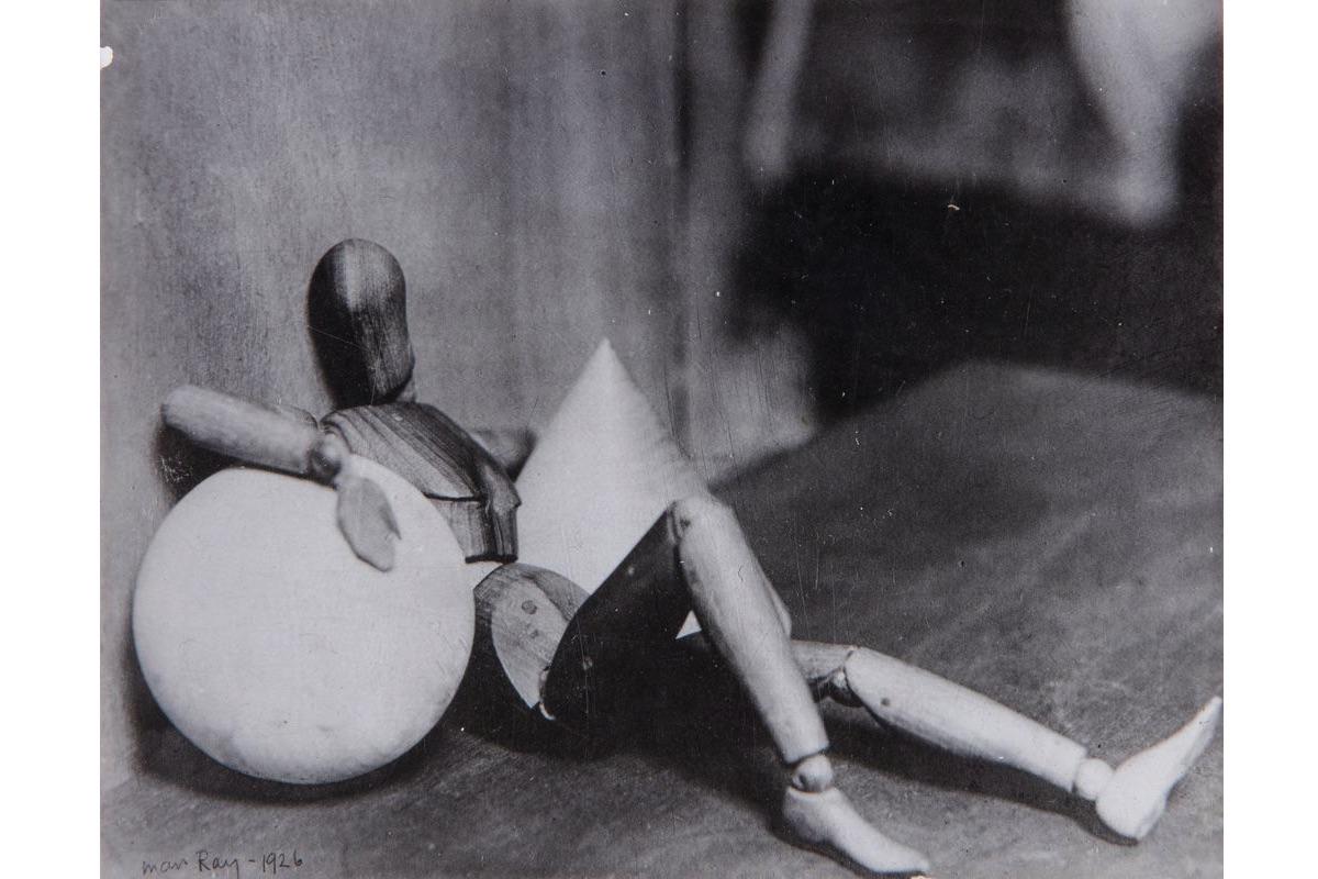 """Man Ray - Exposition """"Man Ray, l'oeuvre photographique"""" à la Bibliothèque nationale de France"""