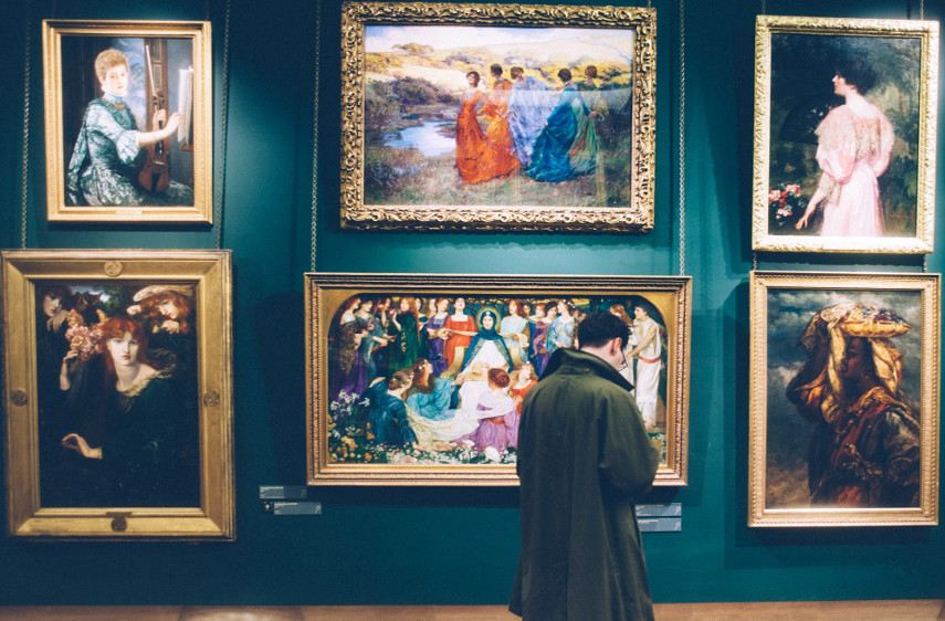 New financial policy instructs that all paintings must have digital markets