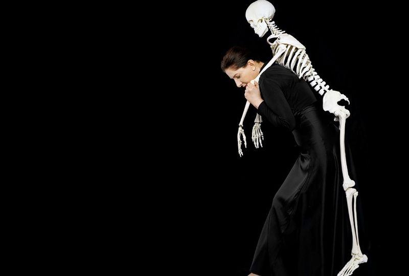 Marina Abramovic - Carrying the Skeleton I, 2008
