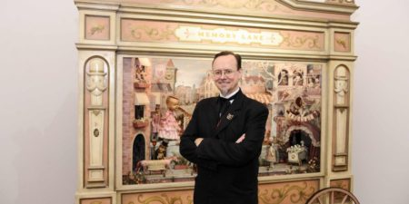 Mark Ryden - Artist in front of his movable art feast Memory Lane - Image Via Huffington Post