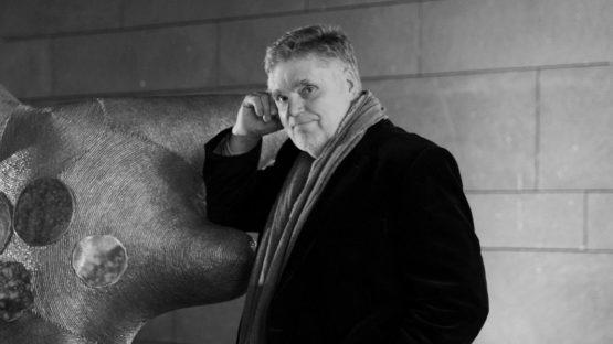 Markus Oehlen portrait, 2012 - Image source Galerie Graesslin