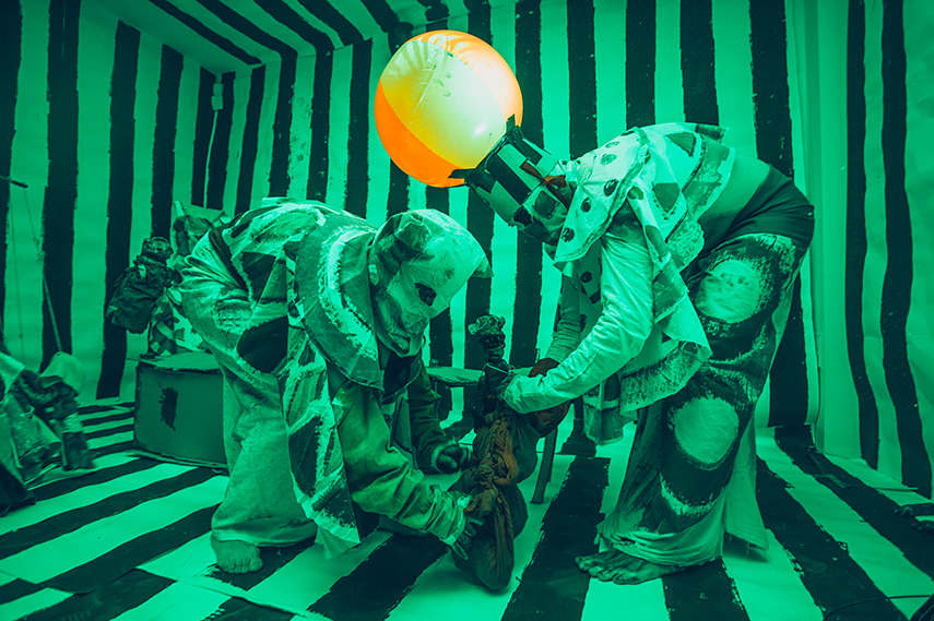 Marvin Gaye Chetwynd - Jesus and Barabbas puppet show 9 October 2014 - © The Artist - Courtesy of Sadie Coles HQ, London