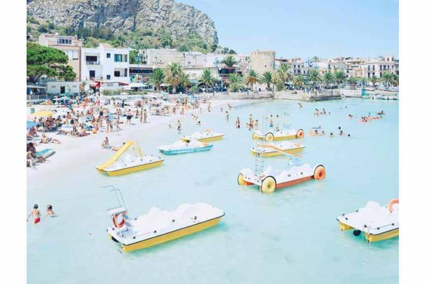 Massimo Vitali - Mondello Paddle Boats