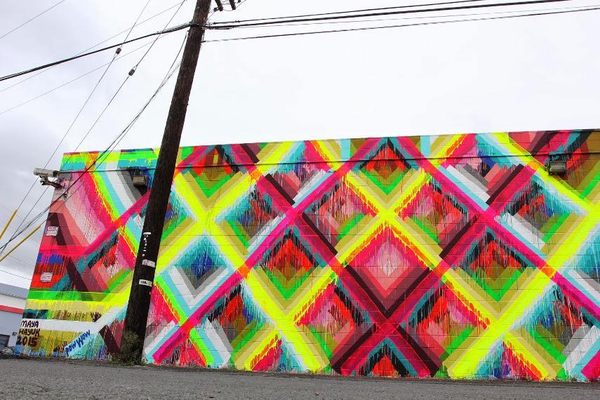 Maya Hayuk - Mural painting in street studio gallery, Honolulu, 2015