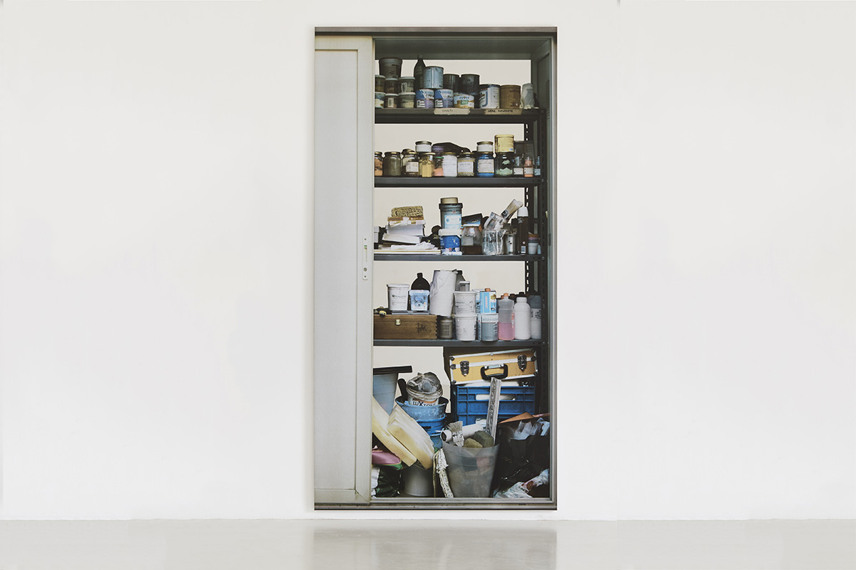 Michelangelo Pistoletto Scaffali - con porta a sinistra (Shelves – with a door to the left), 2015