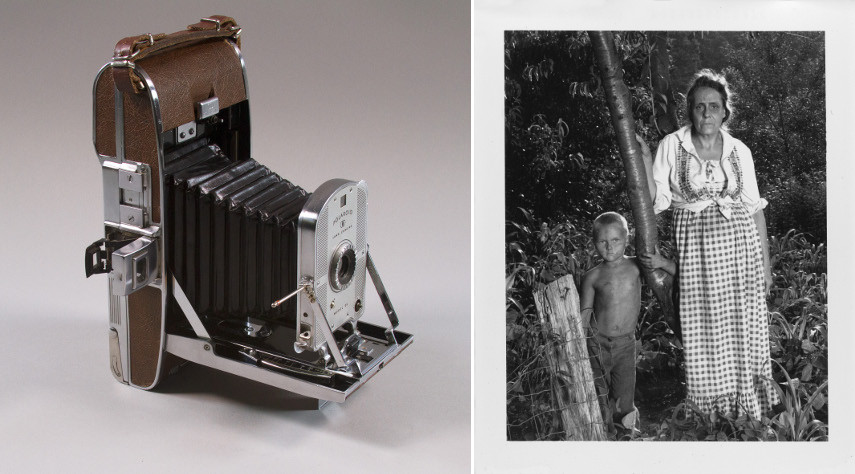 Model 95 camera, 1948 - Shelby Lee Adams - Esther and Bee Jay, 1991