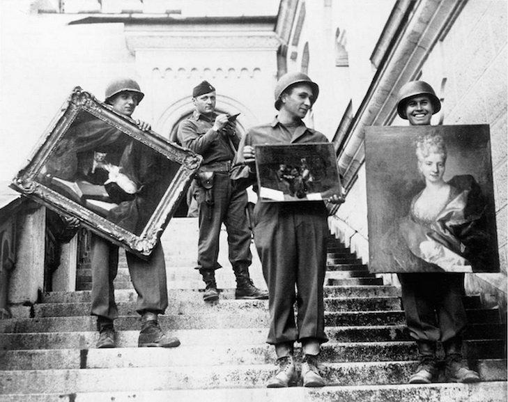 Monuments Men showing rediscovered artworks