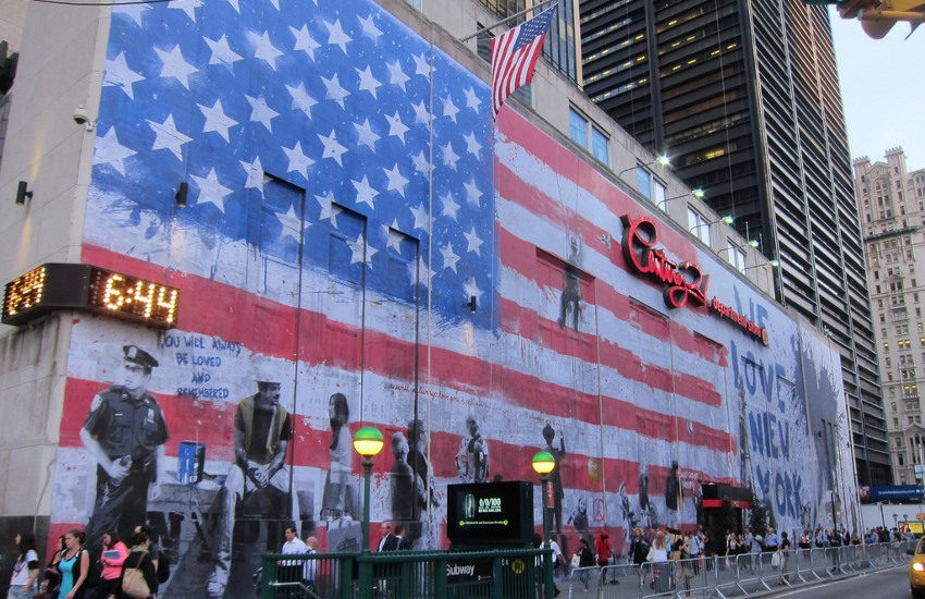 Mr. Brainwash - 9-11 mural at the WTC site at Century 21, 2014